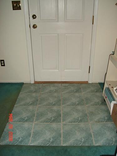 tile livingroom 001 - before
