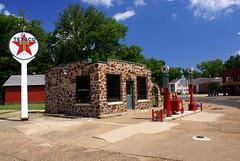 Old Texaco Station (BOB WESTON) Tags: gasstation texaco fillingstation jeffersontexas