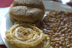Baked Beans, Onion Rings, Veja-Link Sandwich