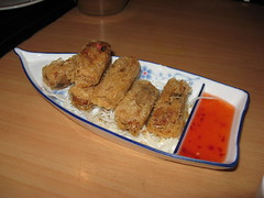 Singapore: Shrimp and crabmeat spring rolls