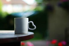 [フリー画像] 物・モノ, 食器, コップ, マグカップ, ハート, 200807092300