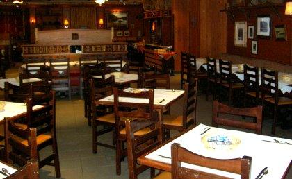 Frühstückssaal im Hotel Sequoia Lodge