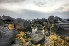 Rock the Sea ! (Khaled A.K) Tags: sea clouds photography rocks sa jeddah saudiarabia khaled hdr ksa 7xp dontyou ilovehdr kashkari
