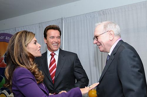 Warren Buffett, Arnold Schwarzenneger, Maria Shriver