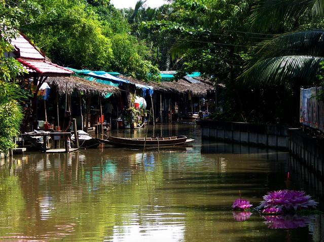 ตลาดบางน้ำผึ้ง,ตลาดน้ำบางน้ำผึ้ง,ตลาดน้ำสมุทรปราการ,ตลาดน้ำใกล้กรุงเทพ,ตลาดน้ำที่สวยที่สุด,บางน้ำผึ้งตลาดน้ำ,ตลาดน้ำ