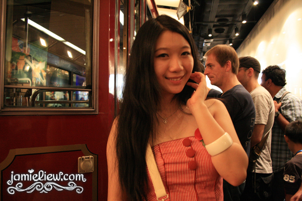 hong kong the peak tram