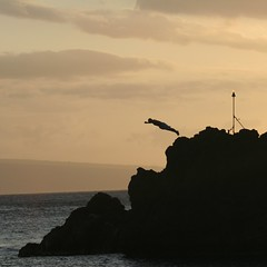 Nightly cliff dive off of Black Rock in Ka'anapali, Maui