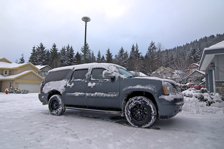Yukon Xl Denali In The Snow Tahoe Forum Chevy Tahoe Forum