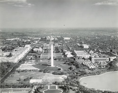 The Mall, Washington, D. C. (Cornell University Library) Tags: rooftops cityscapes monuments museums memorials publicbuildings capitols zeppelins cornelluniversitylibrary governmentofficebuildings capitolwashingtondistrictofcolumbia themallwashingtondistrictofcolumbia federaltrianglewashingtondistrictofcolumbia washingtonmonumentwashingtondistrictofcolumbia culidentifier:value=155309000601 culidentifier:lunafield=accessionnumber