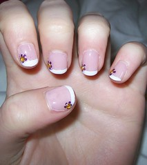 nail look with rhinestones 2