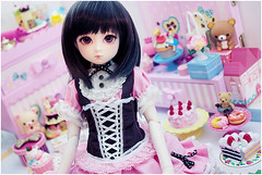 sweet chou (Cyristine) Tags: pink cute cakes girl ball asian miniatures dami doll candy adorable lolita sweets bjd rement msd rilakkuma jointed harang elfdoll decoden
