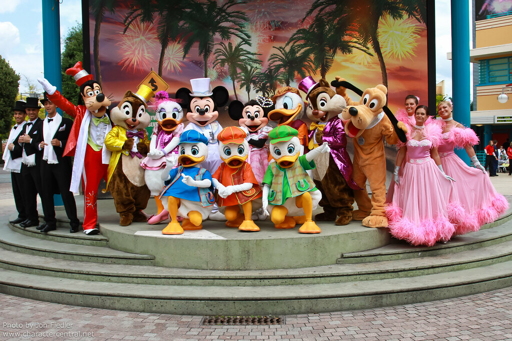 Magical moments meet n greet the stars n cars at disney magical moments meet n greet the stars n cars at disney character central m4hsunfo