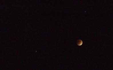 eclipse-lunar-estrellas