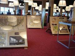 Udstillingsmbler Rotterdam (Aarhus Public Libraries) Tags: rotterdam mbler familier udstilling brn udstillingsmbler holland2008 brnogfamilier