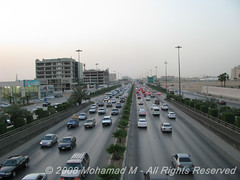 Riyadh traffic before sunset (-Mohamed-) Tags: gulf traffic carrefour riyadh riyad kingdomtower anoud