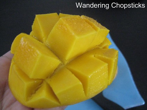 How to Peel and Cut a Mango 4