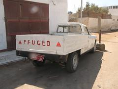 Peugeot...Pfuged?