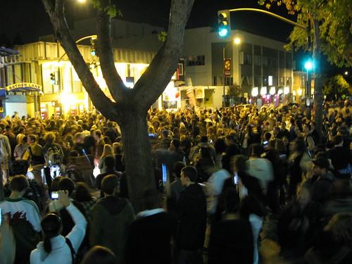 Crowds on Telegraph & Bancroft