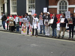 S7301389 (FREE BURMA2008) Tags: london for embassy demonstration jail years leaders 88 receive burmese generation 65 terms