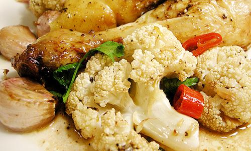 Roasted chicken with 40 gloves of garlic (40 瓣大蒜烤全雞)-081120