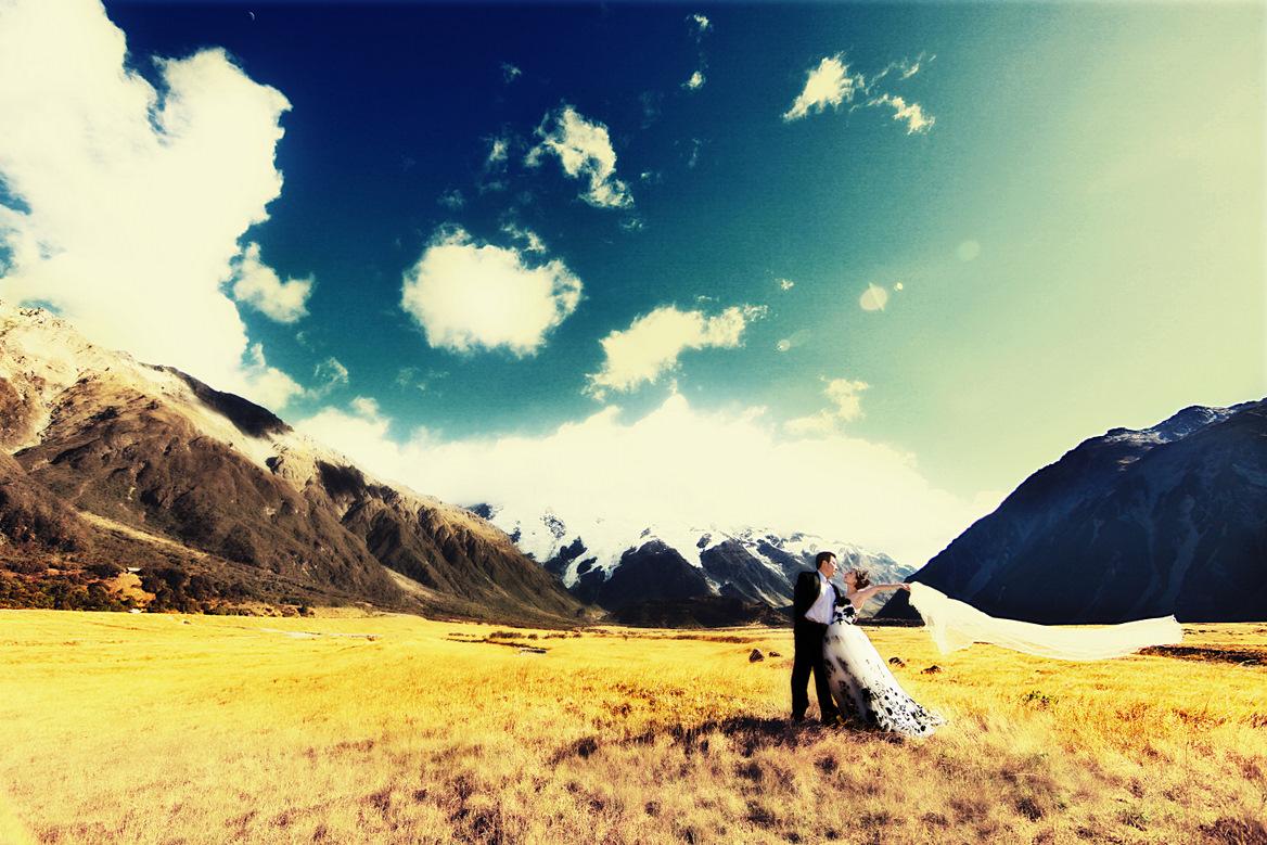 【10月8号更新】【十月大更新在19页】【爱在雪山之巅 -17页-The CIty -14页-倾城之恋 -13页-幸福