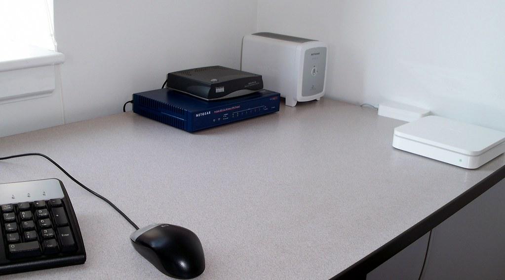 Scott Desk Eleven80