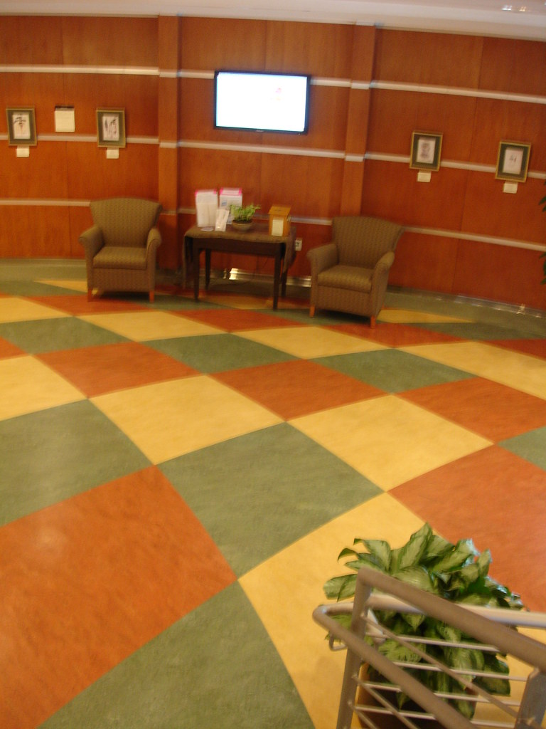 Natural linoleum flooring at the Health Sciences Library