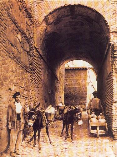 Aguadores en el Cobertizo de San Miguel hacia 1925