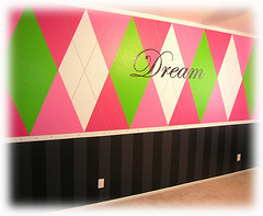 Argyle Dreams (Bella Luna Creative) Tags: pink black rockstar limegreen stripes dream vinyl polkadots teen dots argyle jonas decorate interiordesign harlequin girlsbedroom girlroom hotpink girlsroom jonasbrothers decorativepainting teenroom girlbedroom teenbedroom damonds