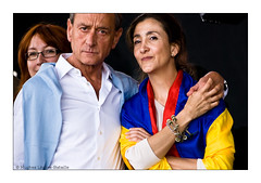 (Hughes Lglise-Bataille) Tags: show paris france ingrid concert colombia colombian mayor flag ps bandera 2008 bertrand trocadero drapeau maire hostage otage colombie delanoe betancourt