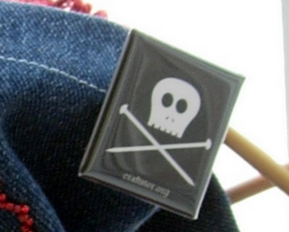 Craftster Pirate Pin