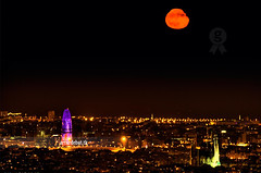 Moonrise on Barcelona (arturii!) Tags: barcelona city blue red urban orange costa moon seascape black architecture night wow dark landscape coast photo amazing interesting arquitectura europa europe view superb unique awesome capital border peaceful catalonia moonrise stunning vista vermell catalunya moment sagradafamilia rise capture magical hdr torreagbar artur negre catalua tibidabo barcelone nit gettyimages ciutat taronja paisatge fosc unic catalogne balu eixample barcelons photomatix impresive mediterraniansea canoneos400d marmediterrani arturii