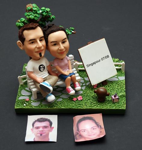 3d caricature figurine - couple in the park