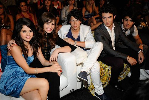 Selena Gomez Demi Lovato Nick Jonas Kevin Jonas Joe Jonas on TCA 08 | Flickr
