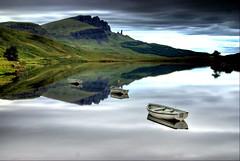 Finding a dream....... (Nicolas Valentin) Tags: skye scotland boat isleofskye x brilliant oldmanofstorr buoyant whataplace abigfave aplusphoto lochfada seethetroutrising