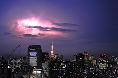 Japan - Tokyo Tower Lightning (Ken.Lam) Tags: blue tower japan photography tokyo cool nikon ken thunderstorm lightning soe  clounds lam d300 flickrsbest aplusphoto airlambo23