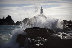 Lensbaby lighthouse splash-porn (s0ulsurfing) Tags: ocean light sea cliff sunlight lighthouse seascape blur beach water silhouette rock lensbaby island bay coast focus rocks lighthouses waves dof bright bokeh pov cove perspective shoreline silhouettes wave cliffs atlantic pointofview coastal shore foam jersey coastline nautical rollers splash 2008 swell isle olas atlanticocean lensbabies corbiere lensbaby20 lacorbiere s0ulsurfing lacorbierelighthouse bayofstmalo
