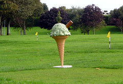 Mint Choc Chip (Glamhag) Tags: green ice grass golf cone cream mint fake flake chip prop choc msh0109 10millionphotos mmmmmminty msh01097