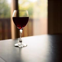 Red Dancer (Inside_man) Tags: stilllife 120 6x6 mamiya tlr c220 film mediumformat colorful wine drink bokeh wineglass redwine darkred portravc reddancer