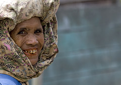 Old batak woman from Karo tribe, Sumatra, Indonesia (Eric Lafforgue) Tags: woman sumatra indonesia asia head profile tribal explore asie tribe karo indonesie indonesi indonesien batak tribu 7590  indonsie  indonezja lafforgue indoneesia   endonezya flickraward indonezija    indonzia indonezia indnesa  indonzija indonezio indoneziya indonisa