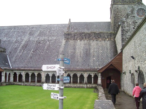 Ireland - Holy Cross Abbey