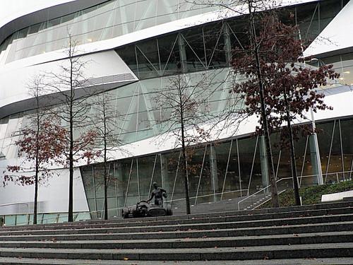 Mercedes-Museum_24