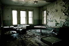 Oregon State Hospital (LukeOlsen) Tags: usa abandoned oregon hospital decay salem ward peelingpaint asylum mentalhospital insaneasylum institution osh oneflewoverthecuckoosnest mentalillness mentalinstitution jbuilding oregonstatehospital lukeolsen goodmorningmissratched