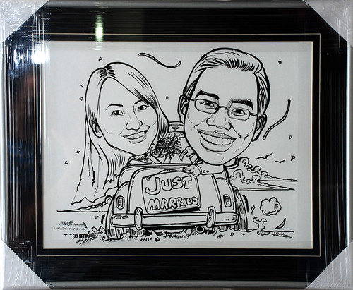 Couple wedding caricatures in black border V-groove silver frame