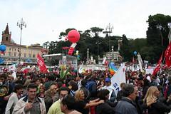 La Piazza  del Popolo (GhostSwann) Tags: rome roma politics scuola onda movimentostudentesco scioperogenerale decretogelmini l13308