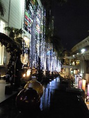 Siam Paragon at night 2