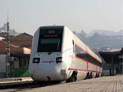 598_Granada_01-12-2007 (José Francisco_(Fuen446)) Tags: train tren trenes trains granada railroads ferrocarriles renfe automotor 598 10millionphotos s598