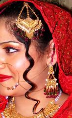 Hair Style (Rizvi5) Tags: wedding pakistan red gold bride dress jewelry hairstyle fujifil fujifilmfinepixs5700 faakhirrizvi faakhir