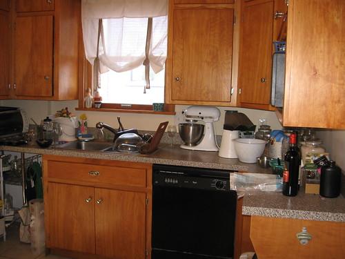 sink side of kitchen