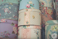 Stacks of Vintage Hat Boxes (such pretty things) Tags: roses wallpaper floral vintage patterns 1940s decorating collections collecting bandbox shabbychic hatboxhatbox hannahstreasures
